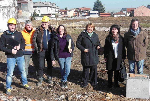 Posata la prima pietra della nuova Scuola Primaria di viale Gavazzi