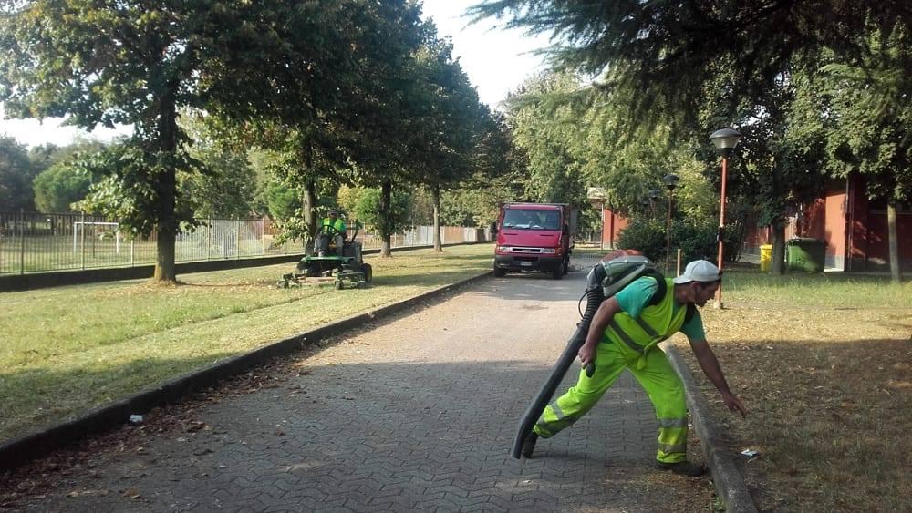 Nord Milano Ambiente: pulizia giornaliera in tutte le aree verdi
