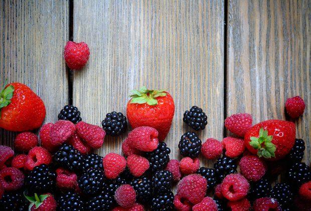 Agricoltura: boom di piante aromatiche e frutti di bosco