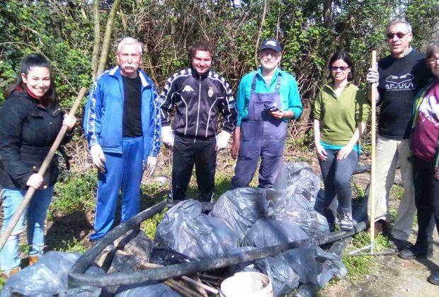 Gorgopulita: 12 metri cubi di rifiuti raccolti da una ventina di volontari