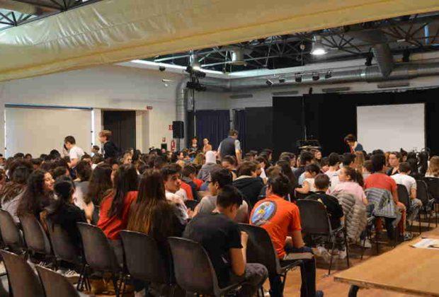 Continua la proposta di teatro civile a cura del comitato genitori Rovani-Forlanini