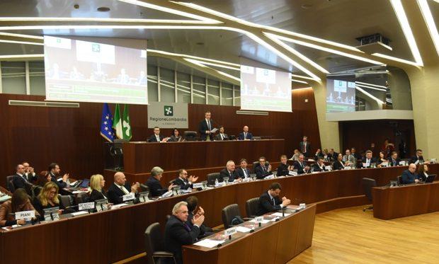 Autonomia: il Consiglio Regionale chiede di riaprire la trattativa e di allargarla