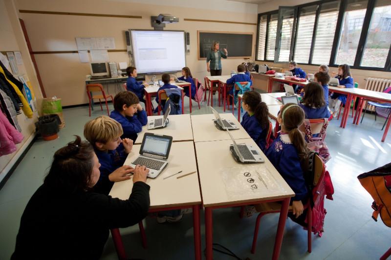 La fibra ottica arriva nelle scuole di Segrate