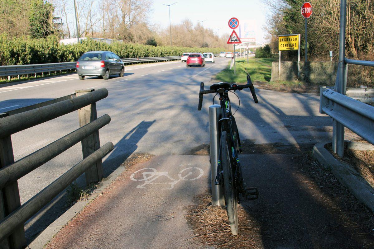 Completamento della pista ciclabile sulla Cassanese: c'è l'ok della Giunta