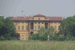 Villa Alari, nuovi lavori al via: partono i cantieri sulle facciate e per la sostituzione degli infissi