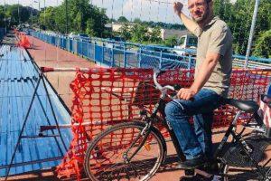 Passerella ciclopedonale di via Morandi: iniziati i lavori di riqualificazione delle rampe