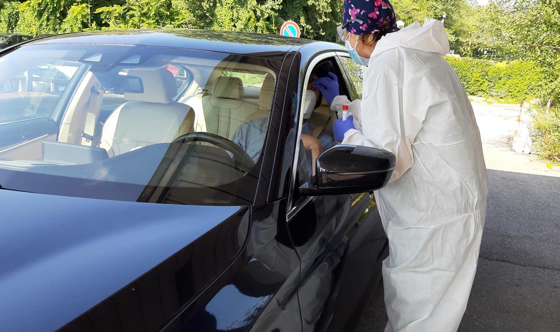 Al Bassini, tamponi drive in: 7 giorni su 7, dalle 8 alle 20