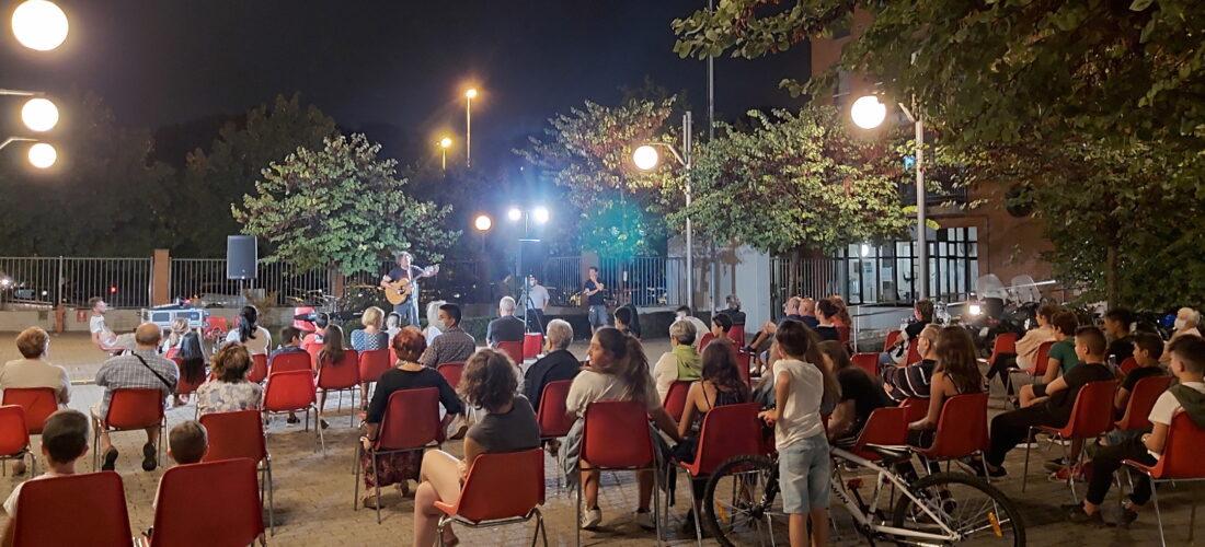 UniAbita: con l'estate, i cortili dei caseggiati tornano protagonisti